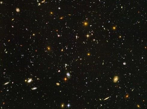 13-miliardi-anni-luce-foto-galassie-hubble