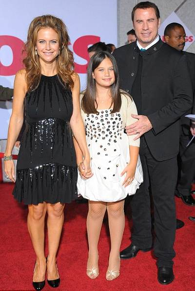 Ella-Bleu-john-travolta-old-dogs-kelly-preston-red-carpet-