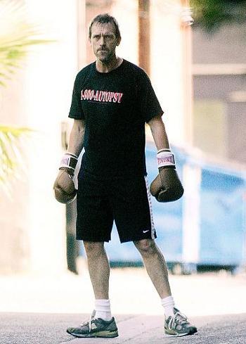 Hugh-Laurie-dr-house-boxe