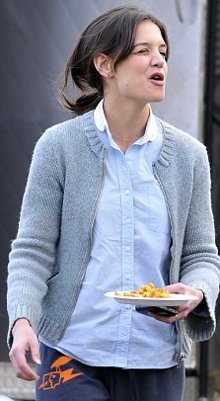 Katie-Holmes-patatine-fritte-01