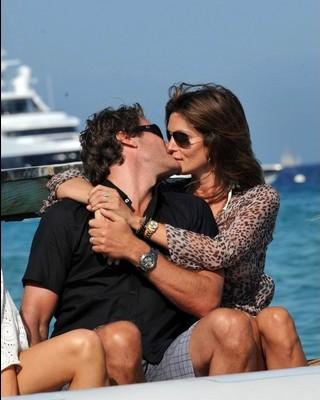 baci-kiss-Cindy-Crawford-Rande-Gerber