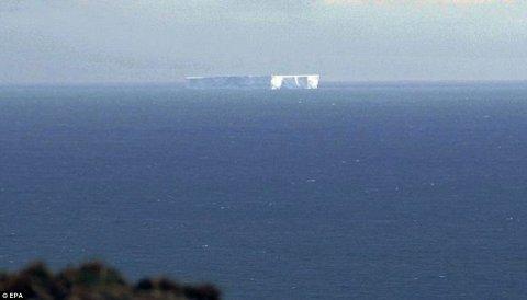 iceberg-staccato-antartide-australia-