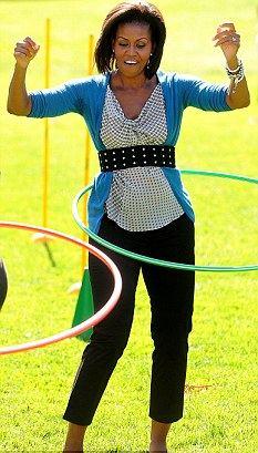 michelle-obama-hula-hoop-02