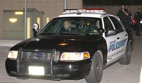mike-tyson-recentemente-ha-picchiato-fotografo-macchina-polizia