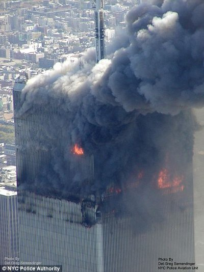 11-settembre-attentato-world-trade-center-immagini-foto-torri-gemelle-03
