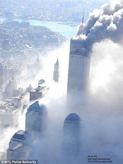11-settembre-attentato-world-trade-center-immagini-foto-torri-gemelle-04