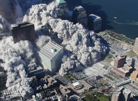 11-settembre-attentato-world-trade-center-immagini-foto-torri-gemelle-05