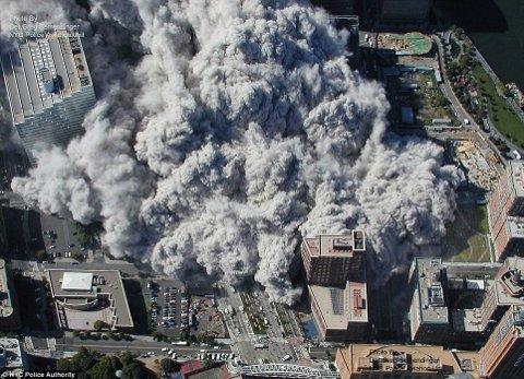 11-settembre-attentato-world-trade-center-immagini-foto-torri-gemelle-06