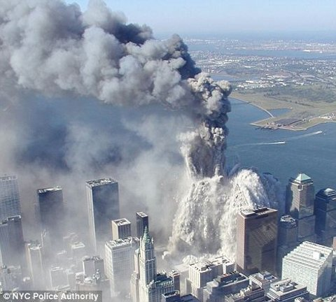 11-settembre-attentato-world-trade-center-immagini-foto-torri-gemelle-07