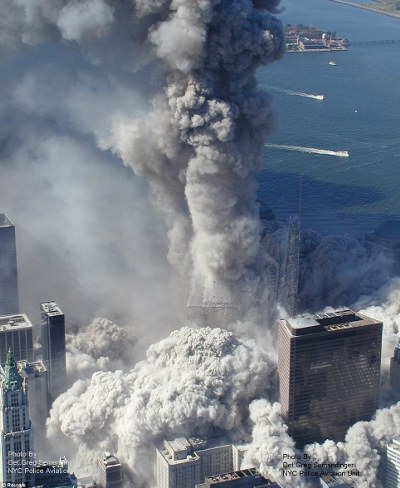 11-settembre-attentato-world-trade-center-immagini-foto-torri-gemelle-09