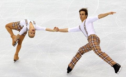 Antoine-Dorsa-Anais-Morand-pattinaggio-vancouver-olimpiadi-01