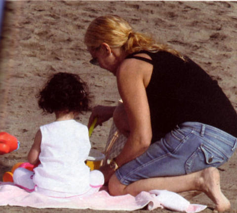 Antonella-Clerici-figlia-maelle-foto-vacanza-01