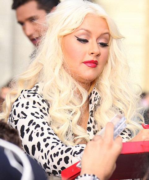 Christina-Aguilera-foto-cellulite-01