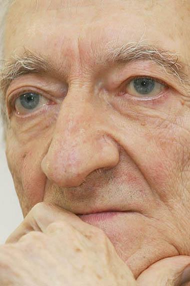 Edoardo-Sanguineti-morte-foto-02