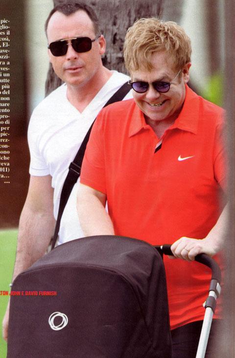 Elton-John-Zachary-mammo-gay-foto-04