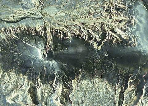 Eyjafjallajokull-cenere-vulcano-foto-eruzione-satellite-islanda-02