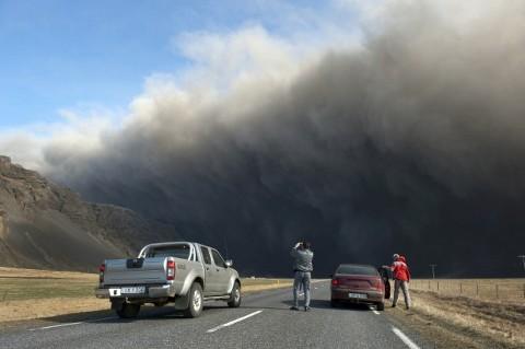 Eyjafjallajokull-foto-cenere-vulcano-eruzione-02