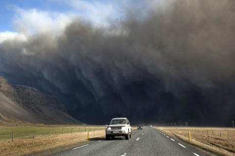 Eyjafjallajokull-foto-cenere-vulcano-eruzione-04
