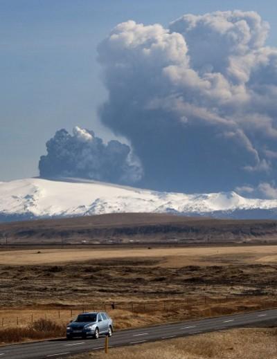 Eyjafjallajokull-foto-cenere-vulcano-eruzione-05