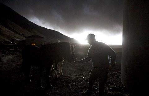 Eyjafjallajokull-foto-cenere-vulcano-eruzione-16