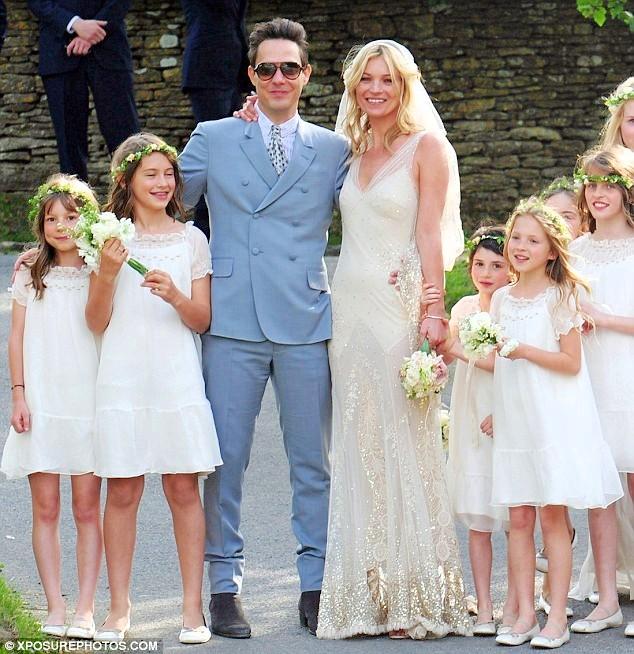 Kate-Moss-Jamie-Hince-wedding-matrimonio-foto-03