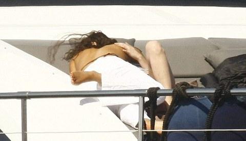 Lady-Gaga-fidanzata-yacht-saint-tropez-foto-03