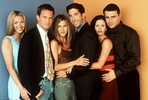 Lisa-Kudrow-Matthew-Perry-Jennifer-Aniston-David-Schwimmer-Courteney-Cox-Matt-LeBlanc-friends