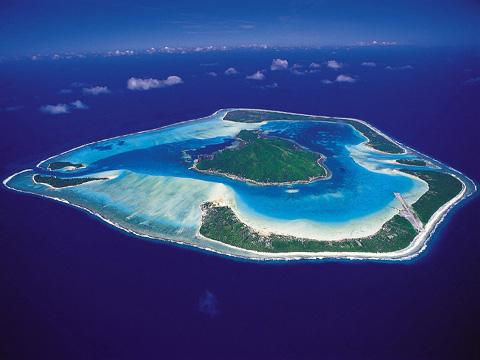 Maupiti-isola-con-dentro-unaltra-isola-polinesia-francese-01