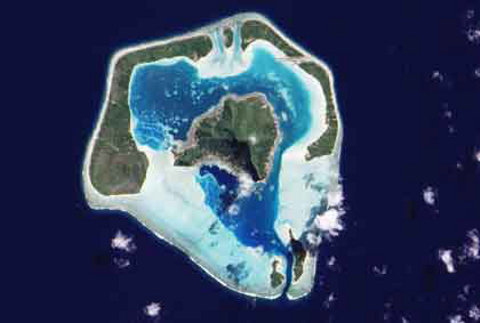 Maupiti-isola-con-dentro-unaltra-isola-polinesia-francese-02
