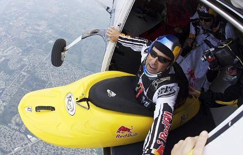 MilesDaisher-kayak-lancio-aereo-01