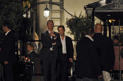 Nicolas-Sarkozy-gelosia-carla-bruni-woody-allen-02