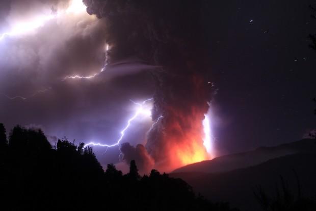 Puyehue-vulcano-eruzione-foto-04
