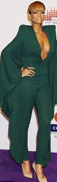 Rihanna-hot-Echo-Awards-Berlino-foto-picture-05