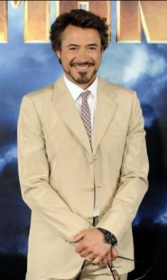Robert-Downey-Jr-iron-man-2