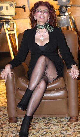 Sofia-Loren-sexy-fiction-tv-01