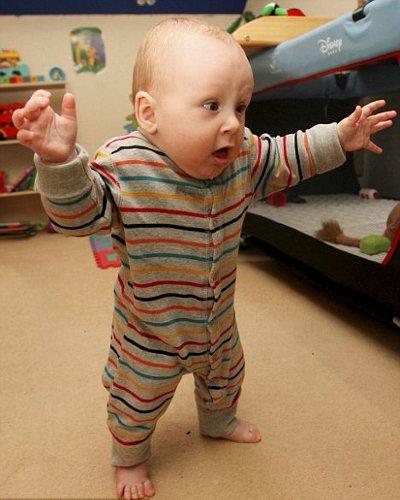 bambino-cammina-6-mesi-foto-pic-02