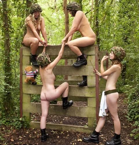 calendario-nudo-esercito-mogli-soldati-foto-hot-03