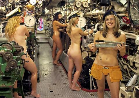 calendario-nudo-esercito-mogli-soldati-foto-hot-08