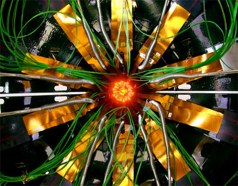 cern-lhc-alice-ginevra-acceleratore-particelle