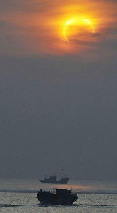 eclissi-sole-anulare-foto-pic-india-immagine-03