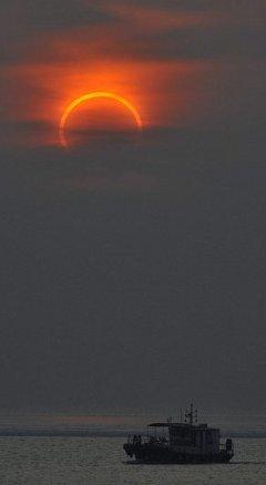 eclissi-sole-anulare-foto-pic-india-immagine-06