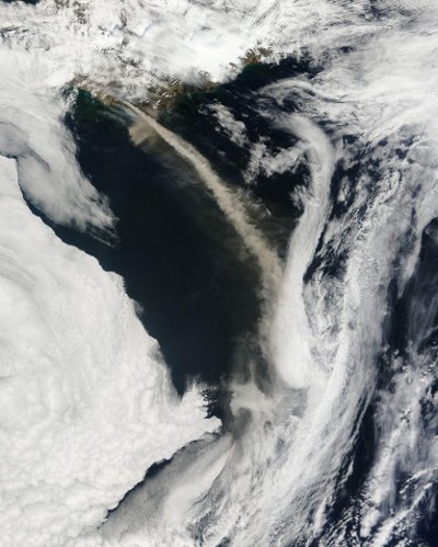 eyjafjallajokull-eruzione-cenere-nube-satellite-nasa-foto-02