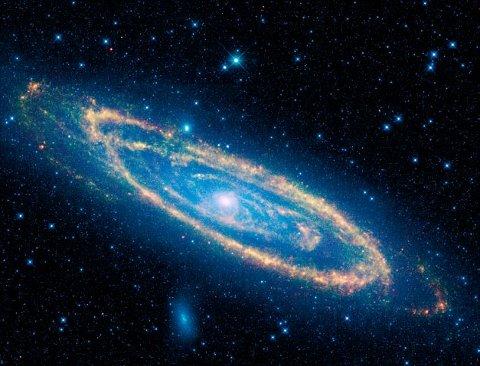 galassia-andromeda-foto-wise-infrarossi-spazio