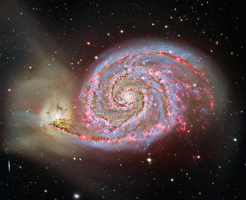 galassia-whirlpool-m51-collisione