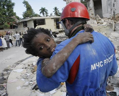 haiti-terremoto-earthquake-immagini-foto-01