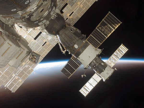 iss-foto-stazione-spaziale-01