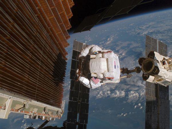 iss-foto-stazione-spaziale-02
