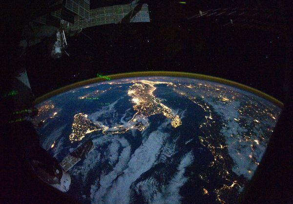 italia-foto-iss-spazio-notte