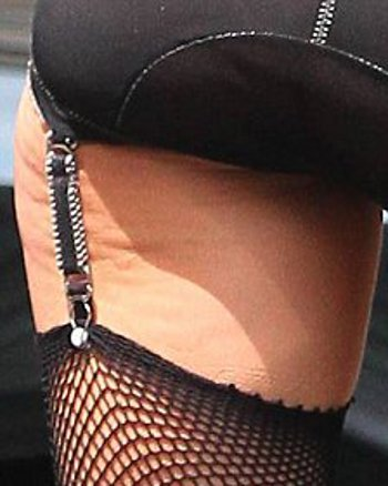 lady-gaga-foto-cellulite--04
