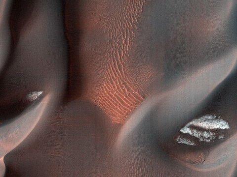 mars-dark-dune-basaltiche-foto-hirise-